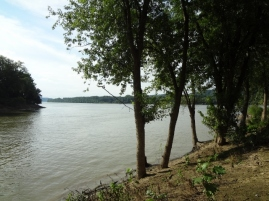 convergence of Ohio and Kentucky Rivers