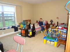 Middle Boy actually cleaned his room this week!!!! I had to take a picture!