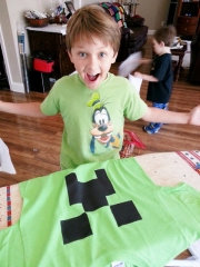 Middle Boy making a t-shirt