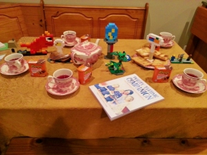 Oldest's DragonVale tablescape
