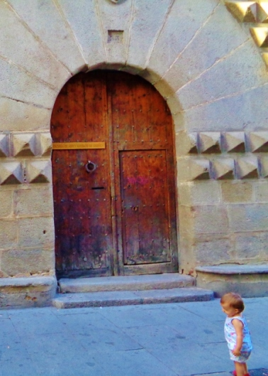The door to the Casa de los Picos...originally a Jewish home confiscated by a rich family during one of the may diaspora the Jewish people suffered