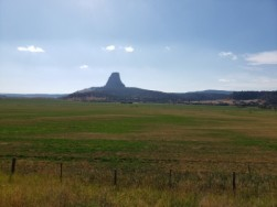 Devil's Tower in the distance